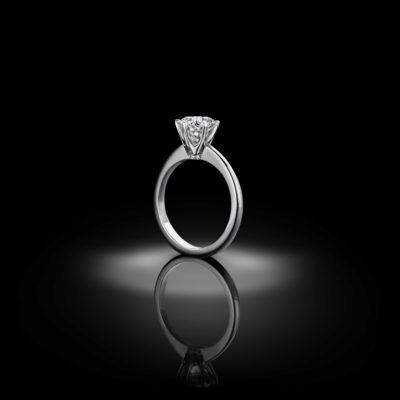 Classic 6-prong engagement ring, a creation by tradition.